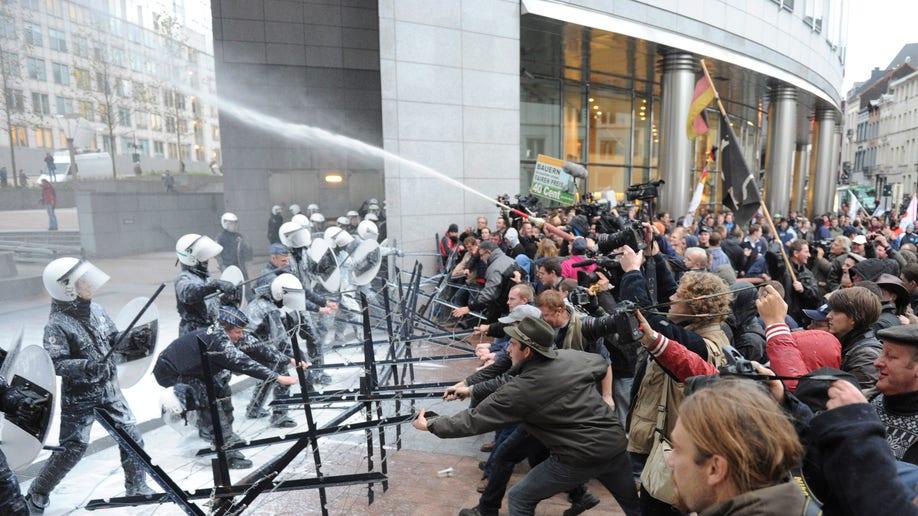 a7503b26-Belgium Europe Milk Demonstration