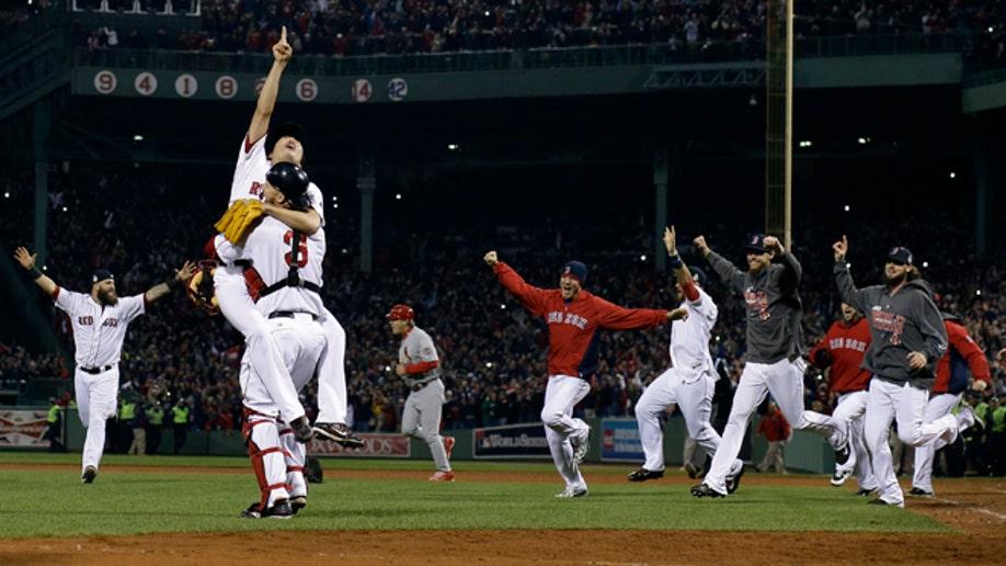 ce24bb51-APTOPIX World Series Cardinals Red Sox Baseball