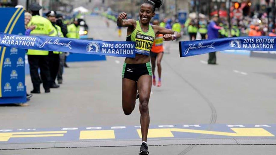 fad10ee1-APTOPIX Boston Marathon