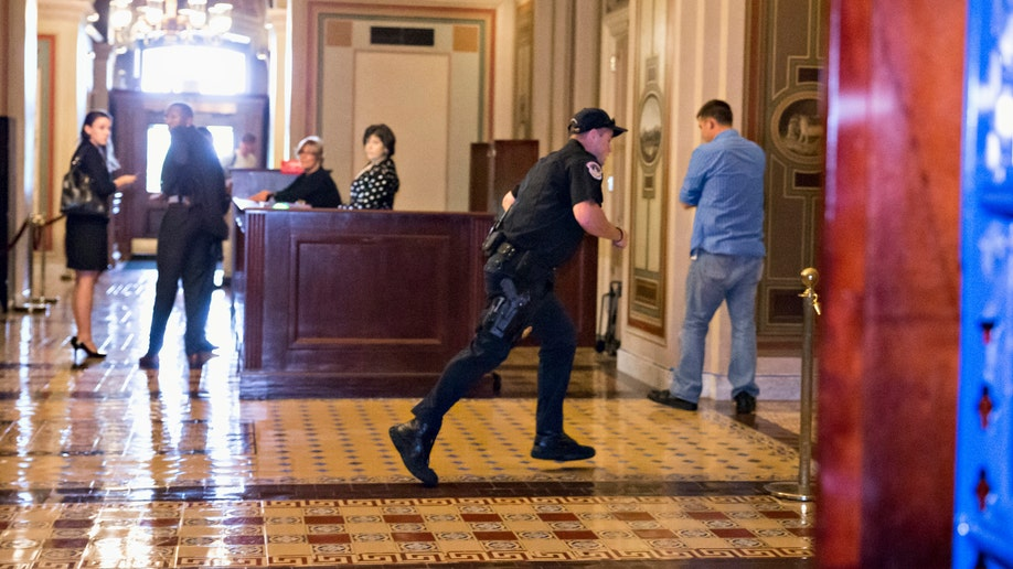 46cfcf0e-Capitol Lockdown