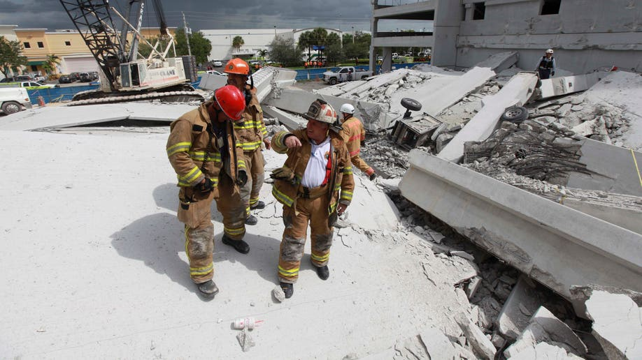 60c91ec9-College Garage Collapse