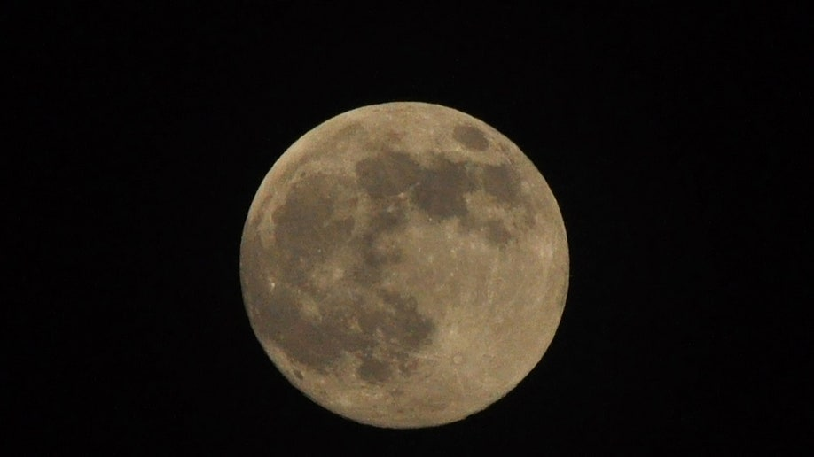 super-moon-franklin-park-nj.jpg