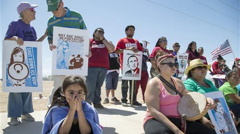 6f2ac436-Immigrant Deportations