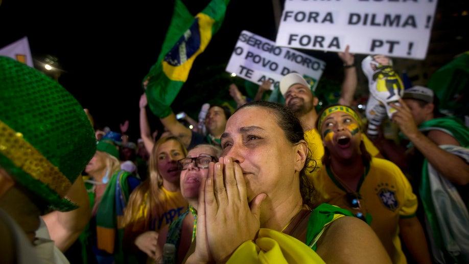 2a6b03b6-APTOPIX Brazil Political Crisis