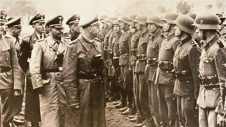 fa03671d-Germany US Nazi Commander
