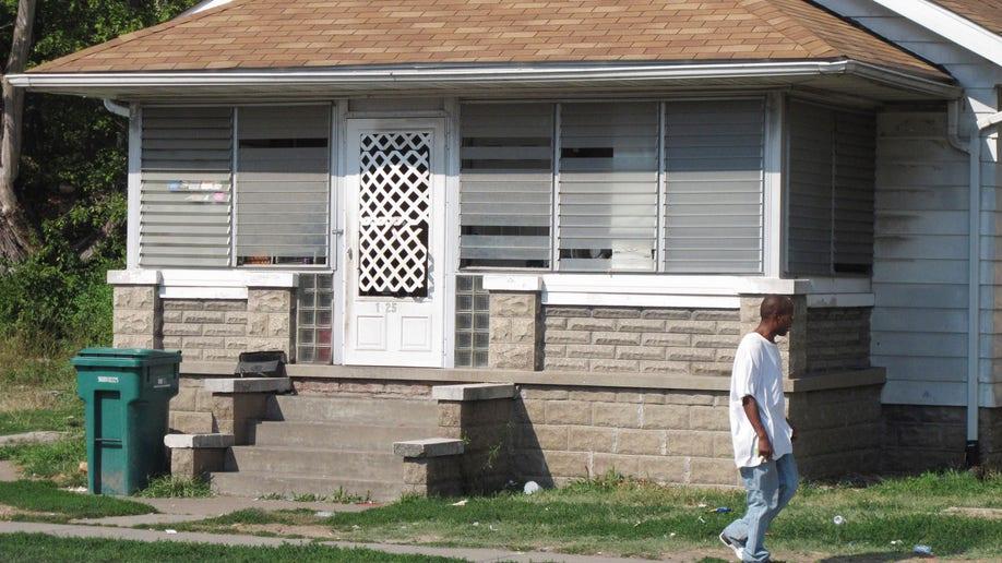 Girl Held Captive Illinois