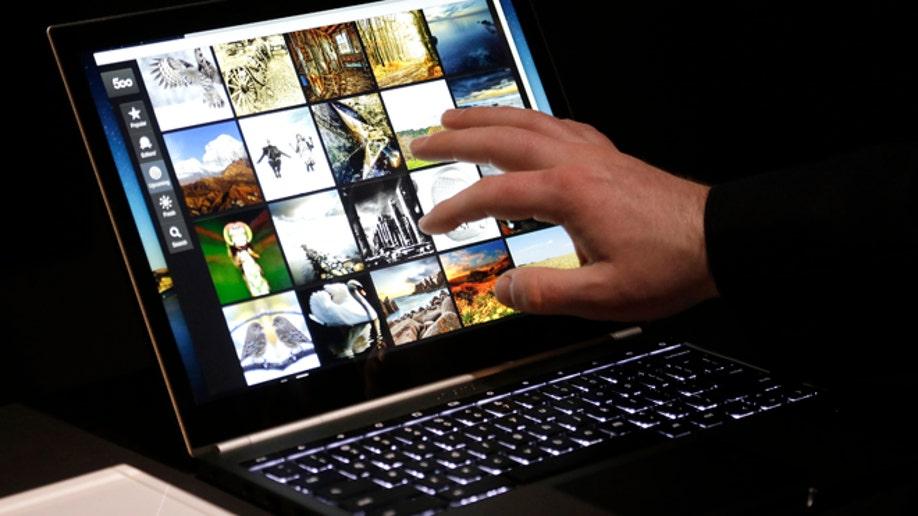 14030c55-Google Touchscreen Laptop
