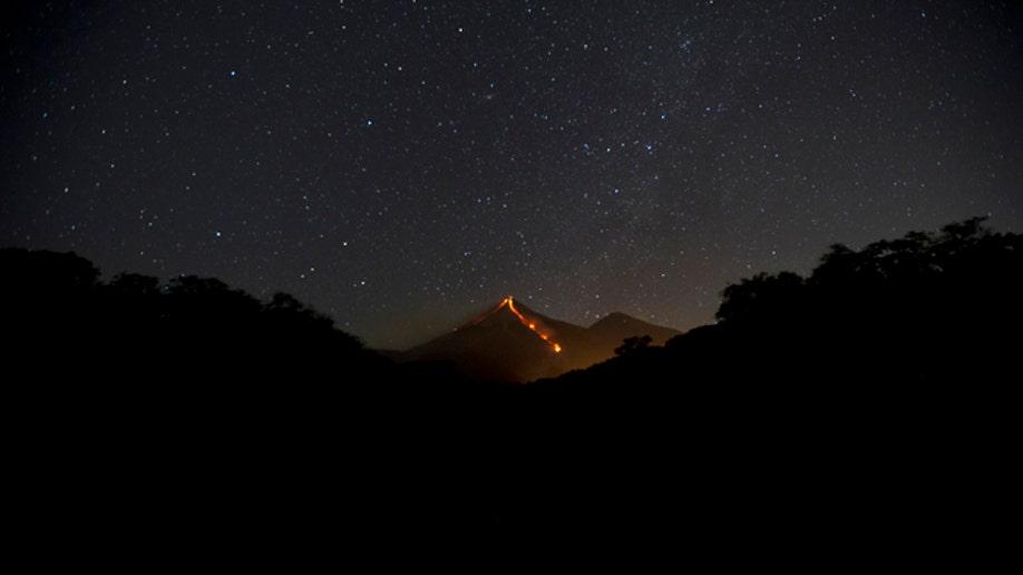 fd67fe7e-APTOPIX Guatemala Volcano Erupts