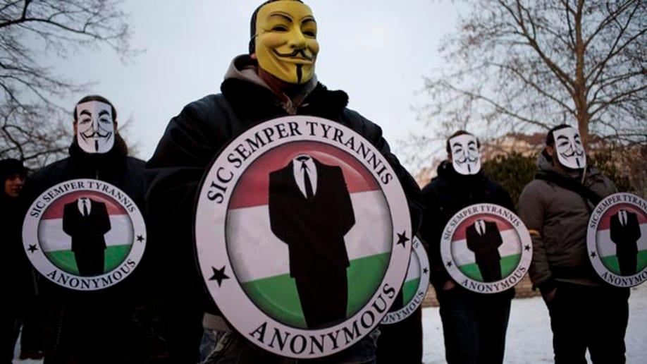 480727e2-Hacking Arrests