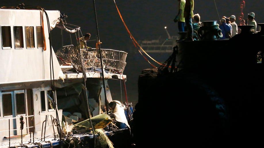 e43989db-Hong Kong Ferry Collision