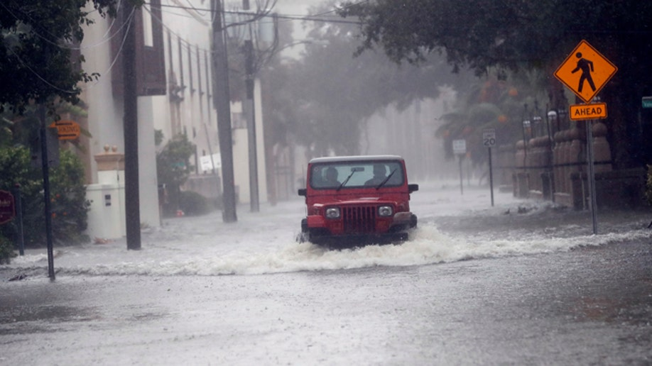 847d4384-Hurricane Matthew Florida