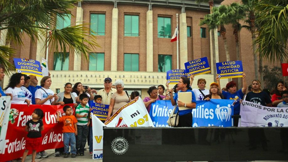 94b6c3ac-Immigration Lawsuit