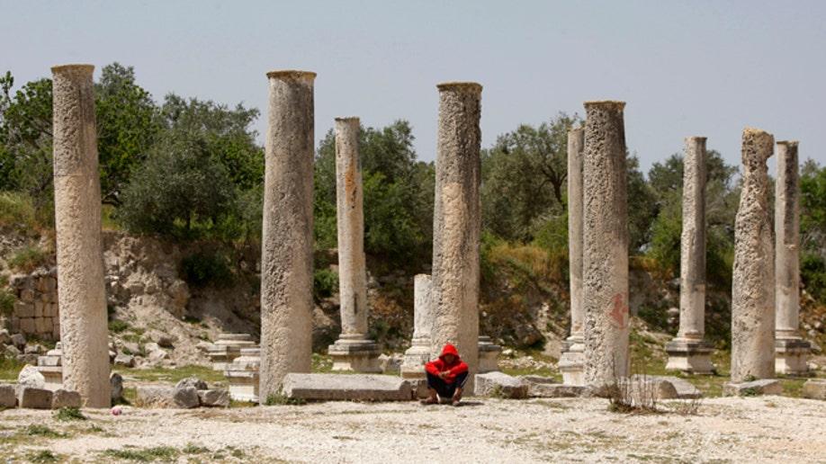 e171c43e-Mideast Israel Neglected Treasure