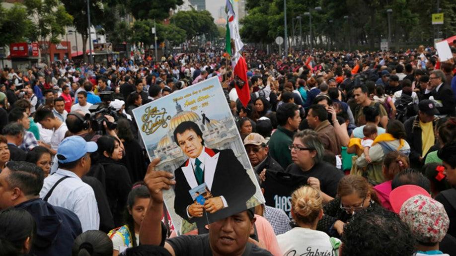 aa893a47-Mexico Juan Gabriel
