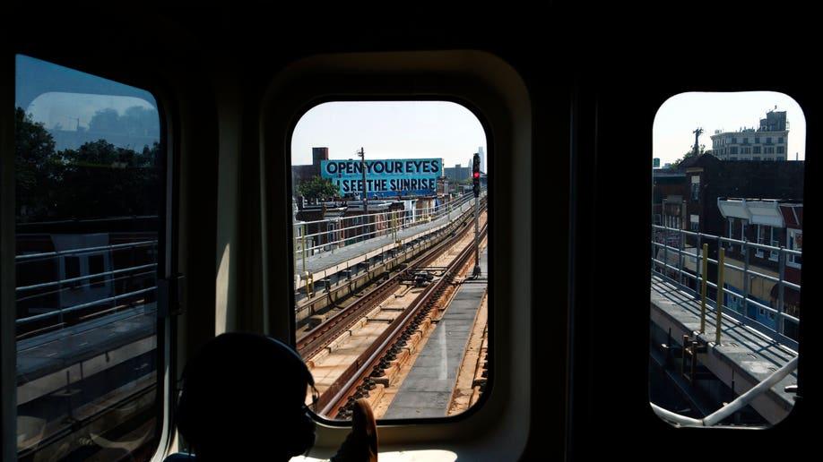 e30db669-Love Train
