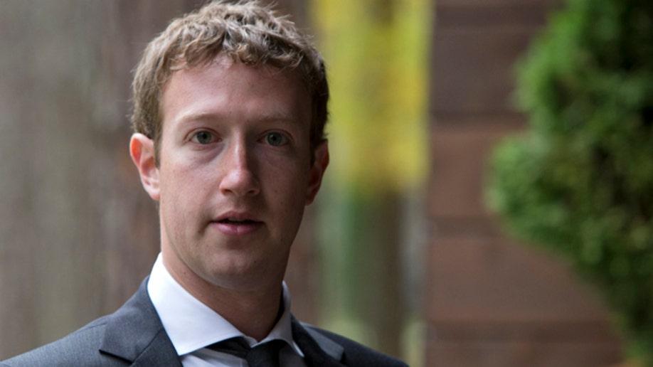 8f522530-Russia Medvedev Zuckerberg