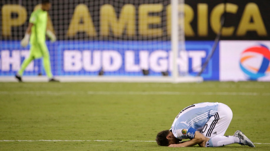 d9c801e1-Copa America Centenario Argentina Chile Soccer
