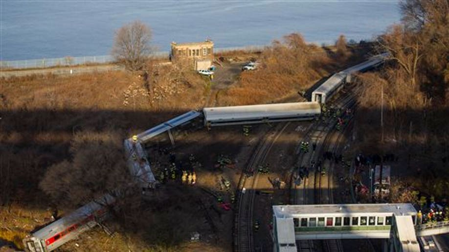 cef0de39-NYC Train Derailment