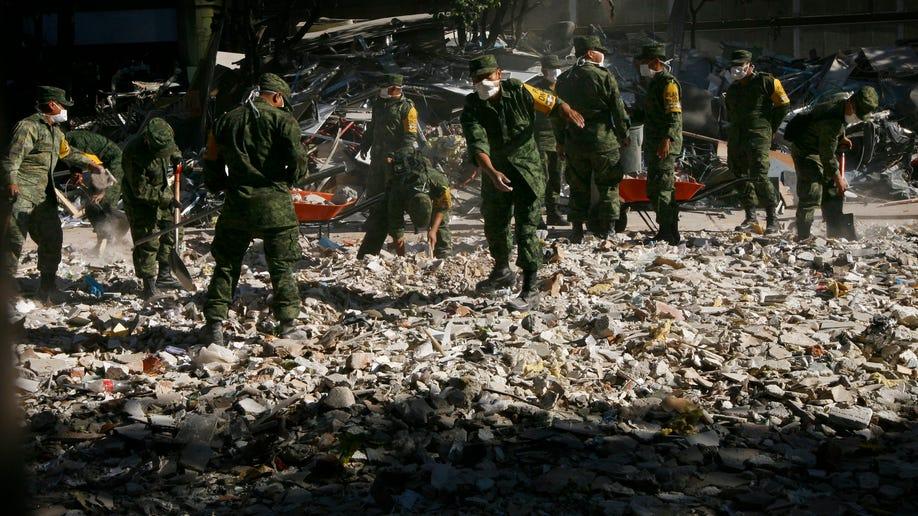 6813b218-Mexico PEMEX Explosion