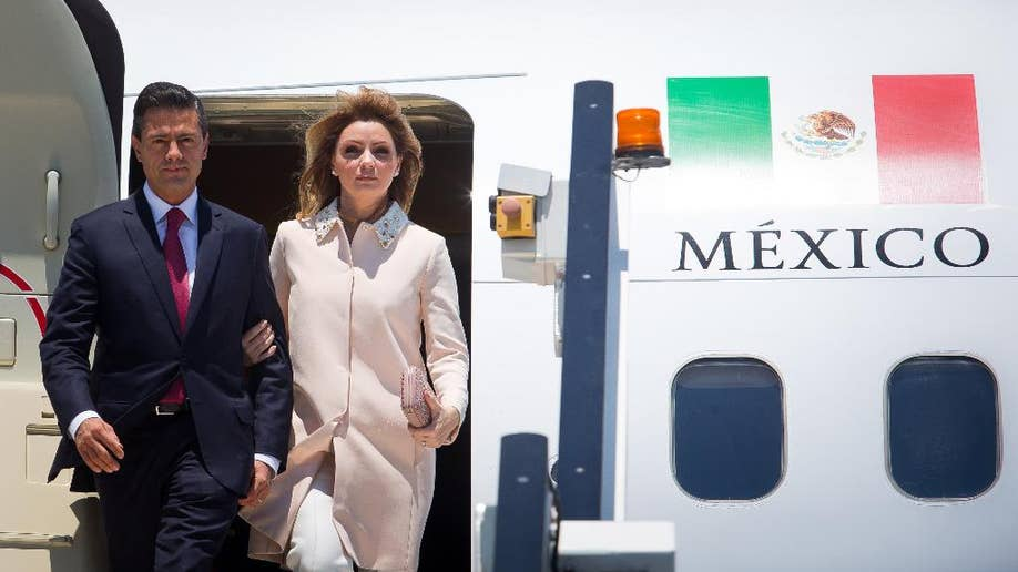 Mexico president says first lady will clear up concerns over
