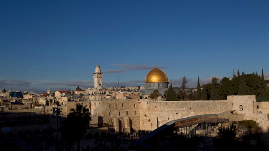 c0312fd5-Mideast Travel Trip Five Free things Jerusalem