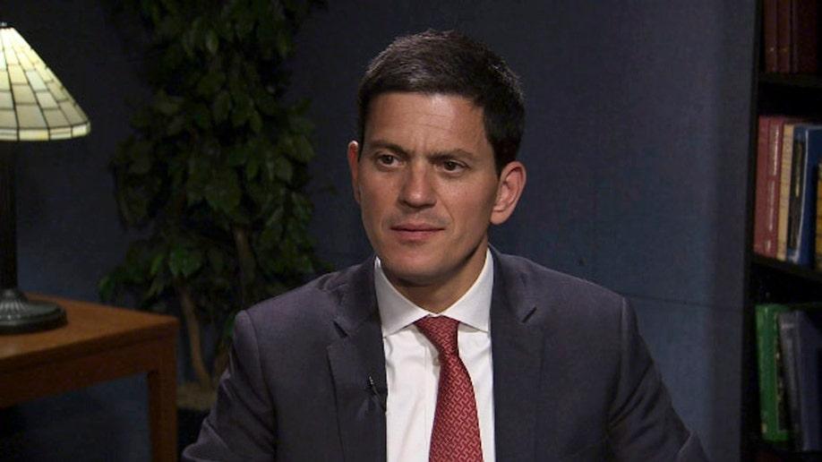 13aff3ff-Migrants Miliband