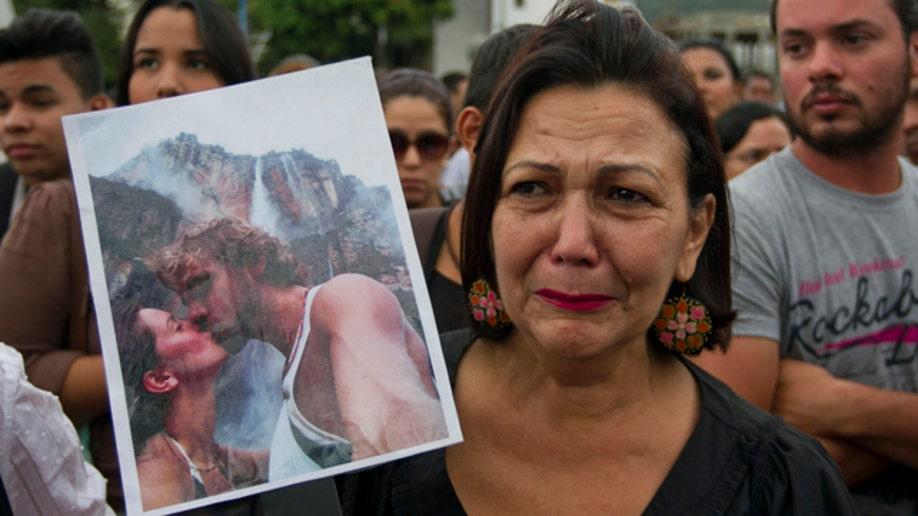 65a73f00-CORRECTION Venezuela Slain Actress