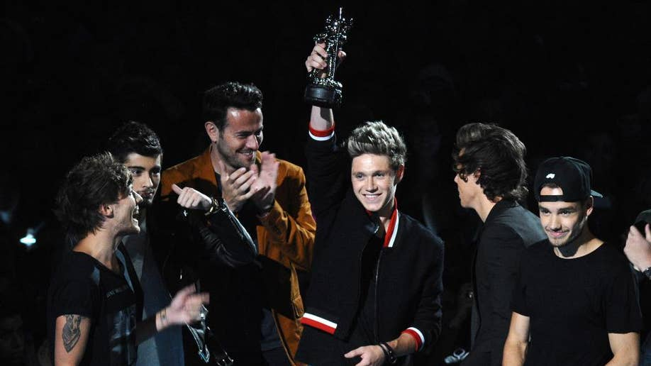 Bring on the screams: 5 big MTV Video Music Awards boy band moments
