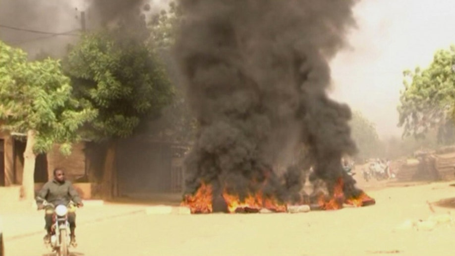 70b40eb8-Niger France Protests