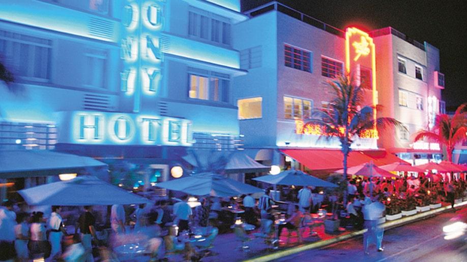 046f98a4-Nightlife/South Beach
