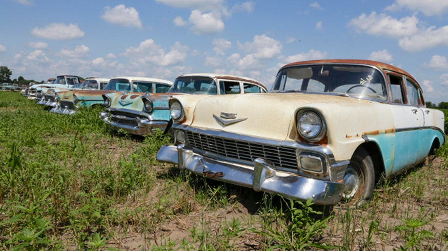 de870737-Old Car Auction Nebraska