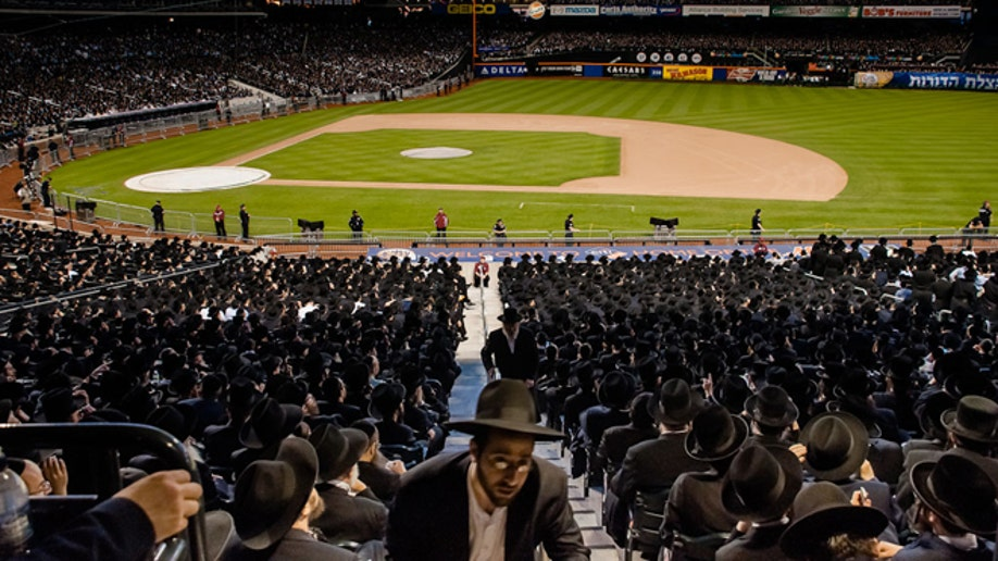 c50e16ed-Orthodox Jews Internet
