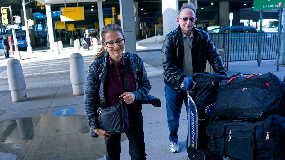 4729f002-Peru Berenson Goes Home