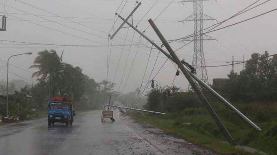dd519260-Philippines Typhoon