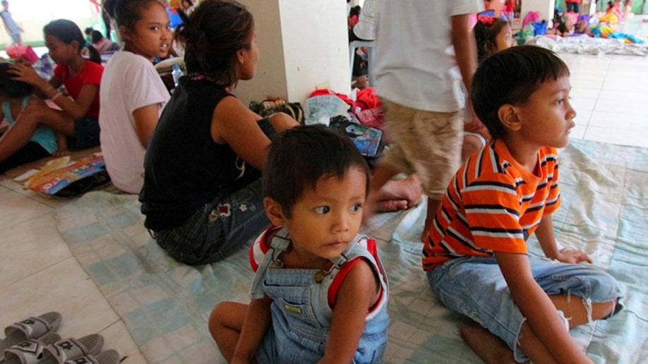 677453b9-Philippines Asia Typhoon