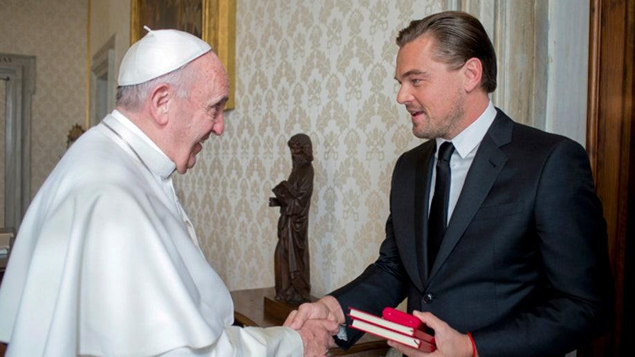 1f5d7f91-APTOPIX Vatican Pope Di Caprio