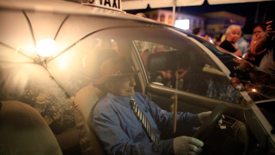 3d3bc986-Puerto Rico Taxi Wake