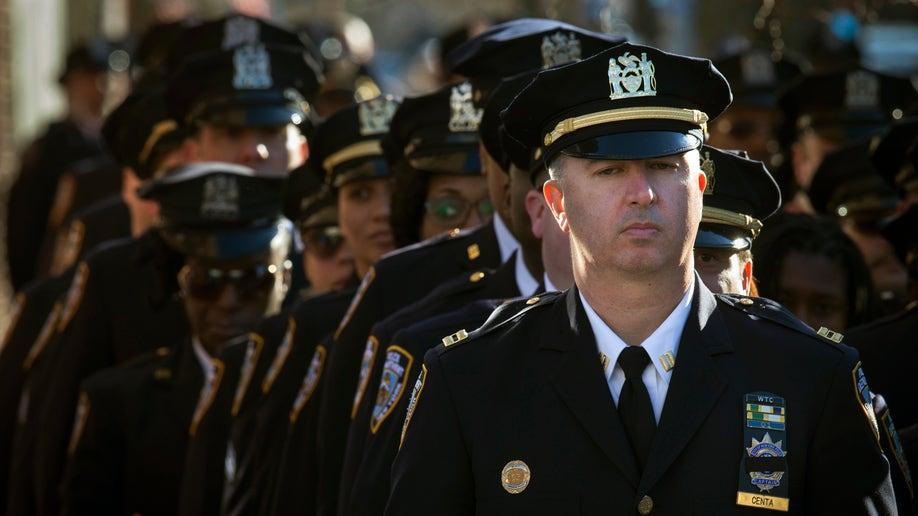 d1d950d0-APTOPIX NYPD Officers Shot