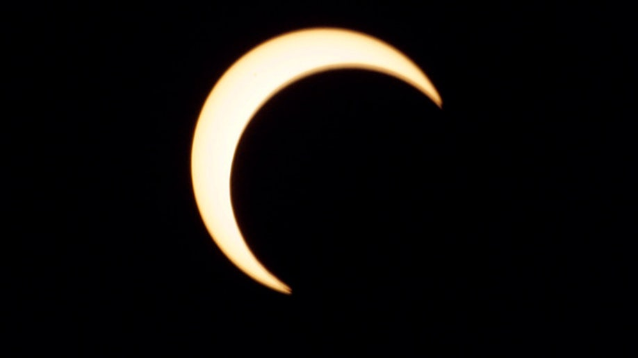 0f892373-Ring of Fire Eclipse
