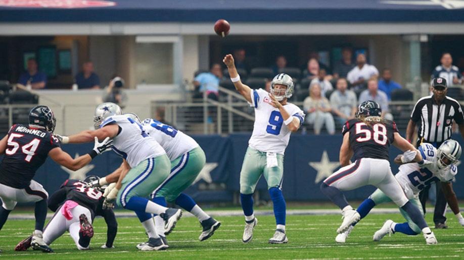 6253bd3c-Texans Cowboys Football