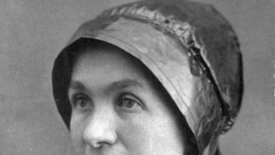 15981b02-Sainthood-Old West Nun