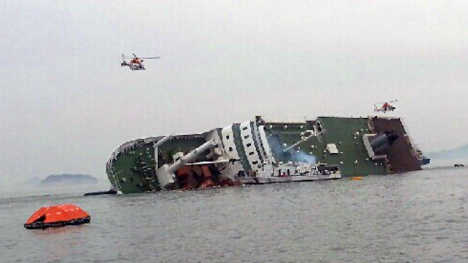 c8400e1a-South Korea Ship Sinking