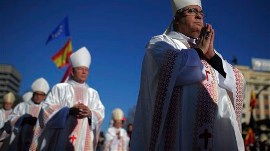 c18c62a0-Spain Family Mass