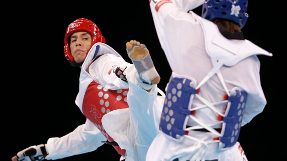 f755996e-London Olympics Taekwondo Men