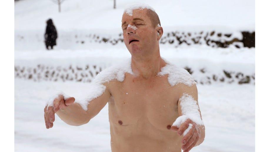 00354116-Man in Underwear Statue