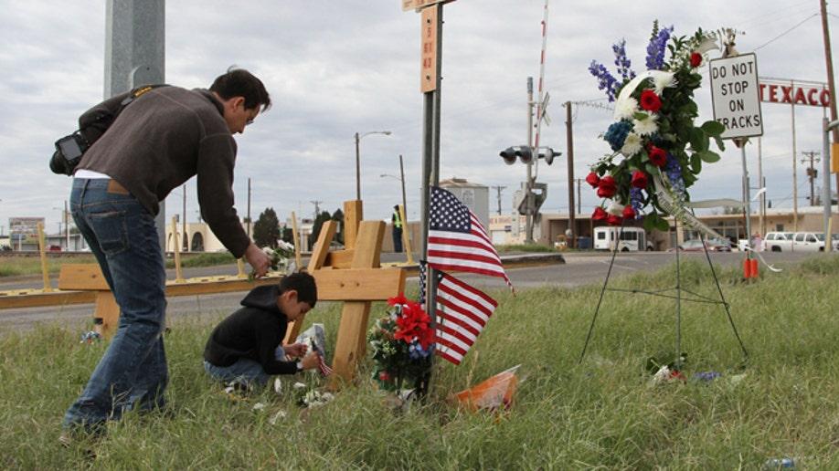 45ef73eb-Veterans Parade Train Crash