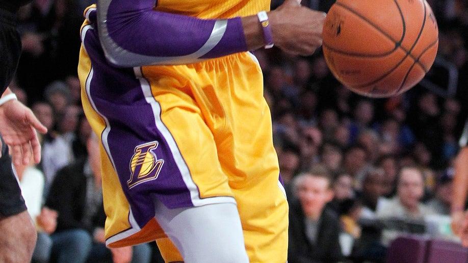 bb181079-Trail Blazers Lakers Basketball