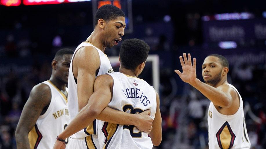 0e8428e0-Hawks Pelicans Basketball