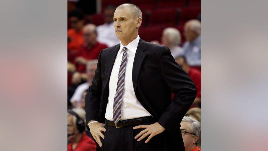 0d02d548-Mavericks Rockets Basketball