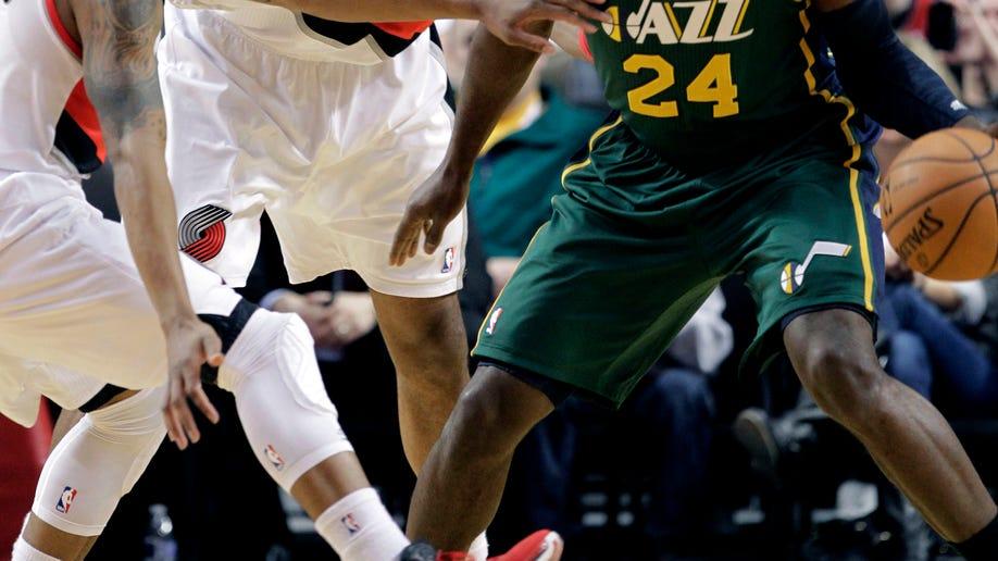 a6e3bebe-Jazz Trail Blazers Basketball